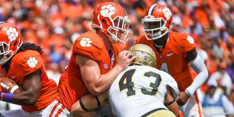 Clemson TE has torn ACL